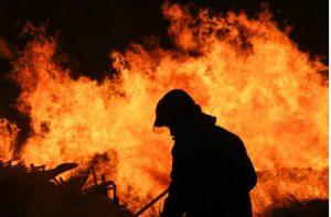 زنده زنده سوختن پسر ۹ ساله در آتش سوزی عمدی شیراز
