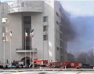 آتش سوزی در ساختمان مرکزی شهرداری بدون هیچ پیشروی مهار شد