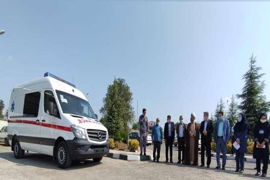 یک دستگاه آمبولانس پیشرفته به بیمارستان نیکوکار املش تحویل شد