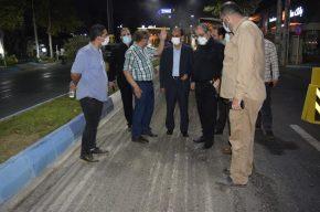 بازدید شبانه شهردار رشت از اجرای عملیات آسفالت مسیر میدان مصلی تا میدان فرهنگ