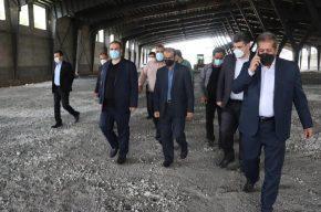 بازدید شهردار رشت از پروژه سوله های افزایش ظرفیت ۵۰۰ به ۱۰۰۰ تن شرکت کودآلی گیلان